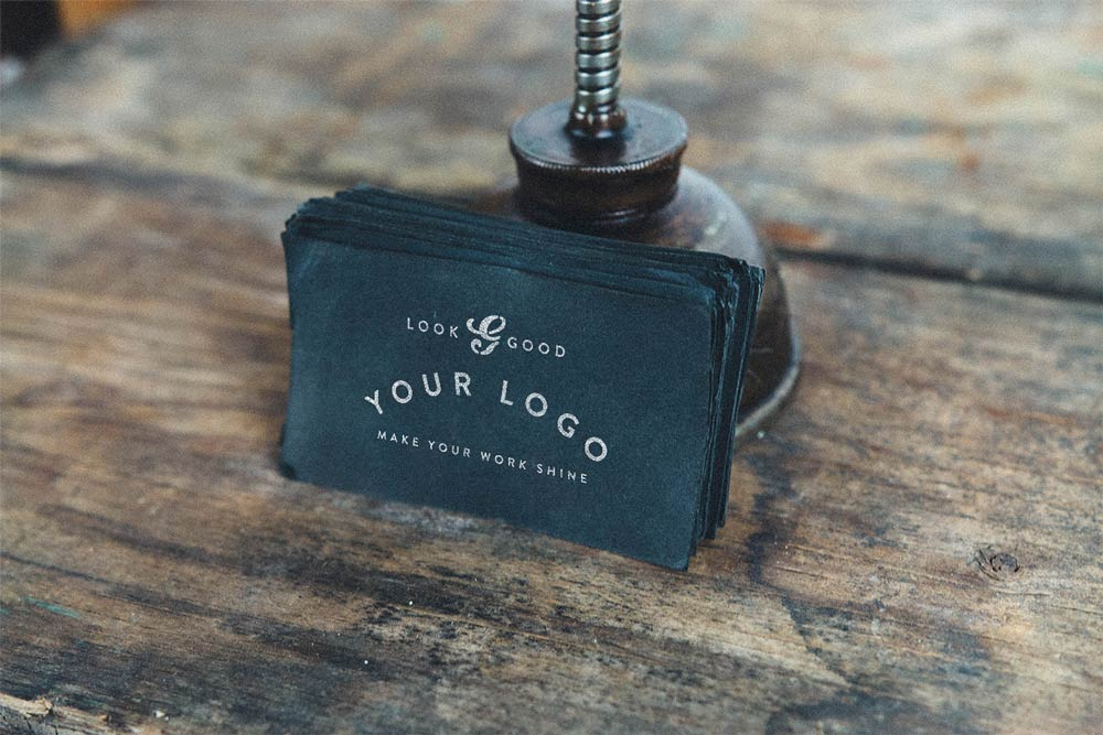 Creative Vintage Business Card Mockup Free PSD